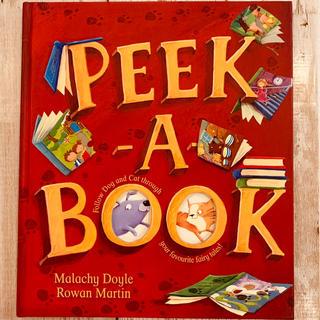 ディズニー(Disney)の新品 World Family 絵本 ① * PEEK-A-BOOK(絵本/児童書)
