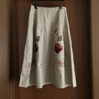 ヒロココシノ(HIROKO KOSHINO)のヒロココシノ ベージュ スカート 花柄(ひざ丈スカート)