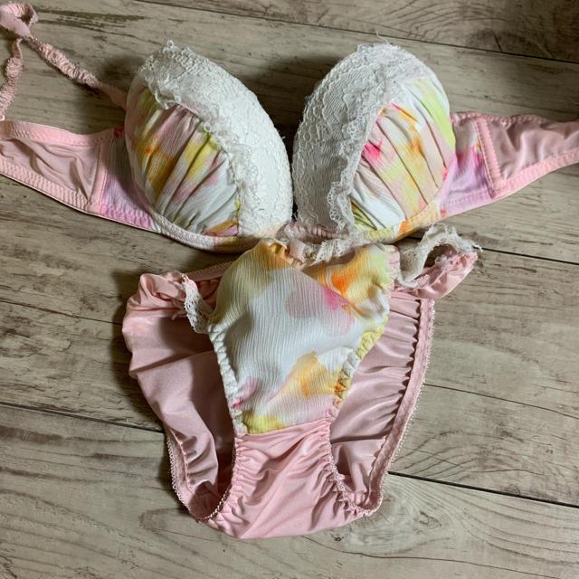 下着 パンツ ブラジャー レディースの下着/アンダーウェア(ブラ&ショーツセット)の商品写真