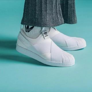 アディダス(adidas)の23cm スーパースター ホワイト スリッポン(スニーカー)