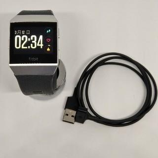 fitbit ionic スマートウォッチ(腕時計(デジタル))