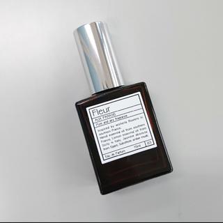 オゥパラディ(AUX PARADIS)のAUX PARADIS 香水 Fleur パルファン(香水(女性用))