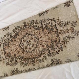 イデー(IDEE)のヴィンテージ ラグ 絨毯マット キリム モロッコ (玄関マット)