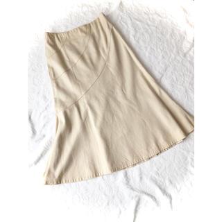ホコモモラ(Jocomomola)の新品同様ホコモモラ デ シビラ薄ベージュ綿麻リネンミモレ丈フレアスカート40M(ロングスカート)