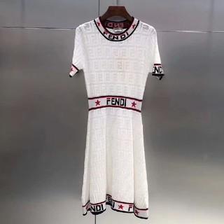 FENDI - お勧め✩!Fendi フェンディ ニット ワンピース 人気 白 ドレス 半袖