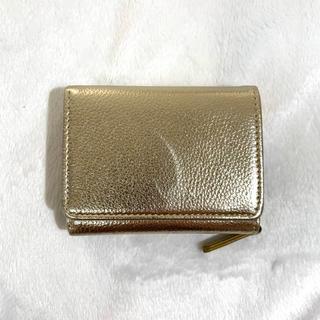 ウィゴー(WEGO)のWEGO 財布 三つ折財布 ゴールド(財布)