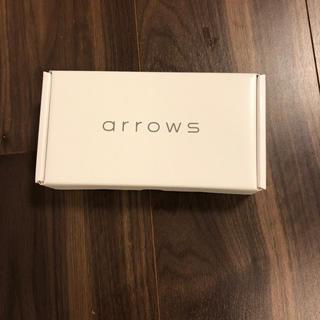 アローズ(arrows)のarrows M05 ホワイト SIMフリー 新品 未使用 未開封(スマートフォン本体)