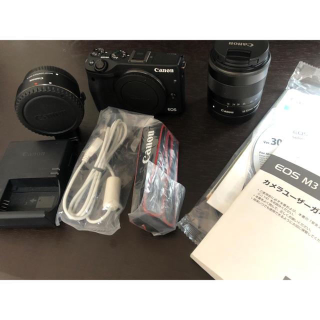 Canon(キヤノン)のCanon EOS M3 ブラック 標準レンズ・EFマウントアダプターセット スマホ/家電/カメラのカメラ(ミラーレス一眼)の商品写真