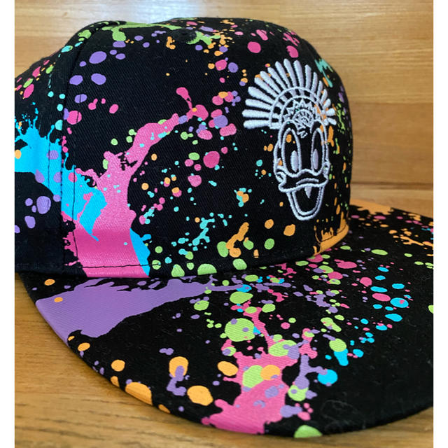 Disney(ディズニー)のドナルド ホットジャングルサマー キャップ 2019デザイン レディースの帽子(キャップ)の商品写真