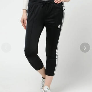 アディダス(adidas)のアディダス シガレットトラックパンツ M(クロップドパンツ)