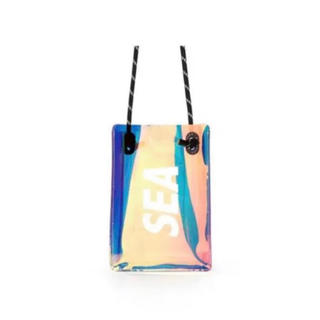CASETIFY × WDS SEA PHONE SLING バッグ(iPhoneケース)