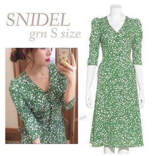 snidel - グリーンワンピース SNIDEL フラワーワンピース