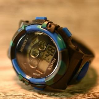日本語説明付き☆新品送料込みHONHX 迷彩 キッズ子供用アウトドア腕時計(腕時計)