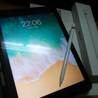 Apple - Apple iPad 第6世代 WiFiモデル32GB+Apple pencil
