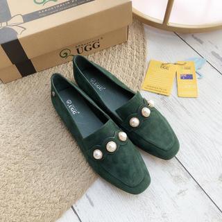 アグ(UGG)の新品 オーストラリア  AXA UGGローファーグレー23.5cm(ローファー/革靴)