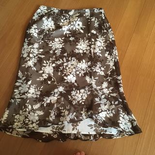 クミキョク(kumikyoku(組曲))の組曲  膝丈スカート(ひざ丈スカート)
