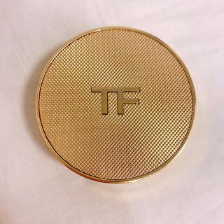 TOM FORD - トムフォード シェイドアンドイルミネイト クッション ファンデーション 0.4