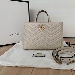 Gucci - GUCCI GGマーモント ハンドバッグ ショルダーバッグ  キルティング
