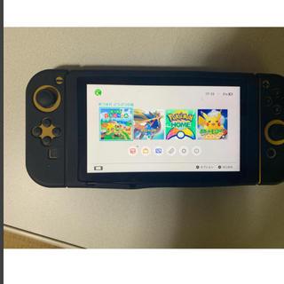 ニンテンドウ(任天堂)の任天堂Switch +ゲームソフト3点 (携帯用ゲーム機本体)