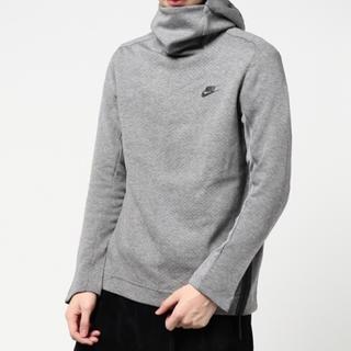 ナイキ(NIKE)のNIKE Sportswear Techfleece Hoodie(グレー)(パーカー)