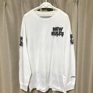 ヴァンズ(VANS)のBEENTRILL ビーントリル リフレクティブプリント ロンT ロングTシャツ(Tシャツ/カットソー(七分/長袖))