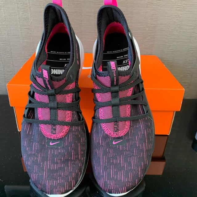 NIKE(ナイキ)の24.5cm ナイキ フレックスコンタクト3  シューズ レディースの靴/シューズ(スニーカー)の商品写真
