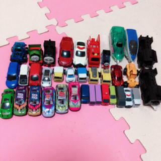 タカラトミー(Takara Tomy)のバラ売りOK 車のオモチャ トミカ プラレール など36点(電車のおもちゃ/車)