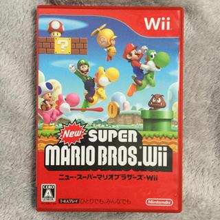 ウィー(Wii)の【Wii】 New スーパーマリオブラザーズ Wii(家庭用ゲームソフト)