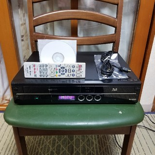 SHARP - 希少一台四役美品!シャープVHS/HDD/ブルーレイレコーダーBD-HDV22