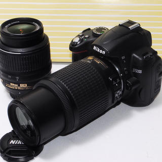 Nikon - ⭐︎遠くの撮影もバッチリ⭐︎Nikon D5000 一眼レフダブルレンズ
