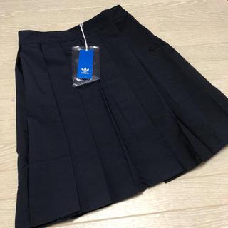 アディダス(adidas)の新品 アディダスオリジナルス プリーツ スカート(ひざ丈スカート)