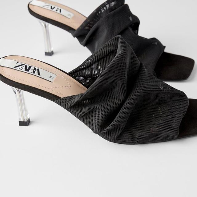 ZARA(ザラ)のZARAクリアヒールメッシュミュール レディースの靴/シューズ(ミュール)の商品写真