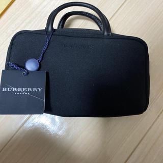 BURBERRY - BURBERRY化粧ポーチ