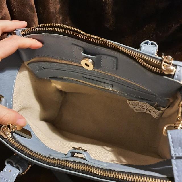 ZARA(ザラ)のZARA くすみブルーハンドバッグ レディースのバッグ(ハンドバッグ)の商品写真