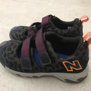 ニューバランス(New Balance)のニューバランス スニーカー 19 キッズ 豹柄 黒(スニーカー)