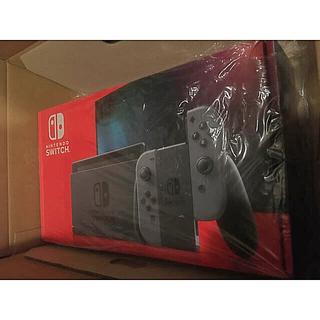 ニンテンドースイッチ(Nintendo Switch)の未使用新品 任天堂スイッチswitch グレー バッテリー長時間モデル(携帯用ゲーム機本体)