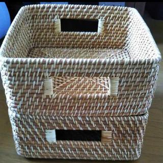 ムジルシリョウヒン(MUJI (無印良品))の無印良品 重なるラタンボックス中2個(バスケット/かご)