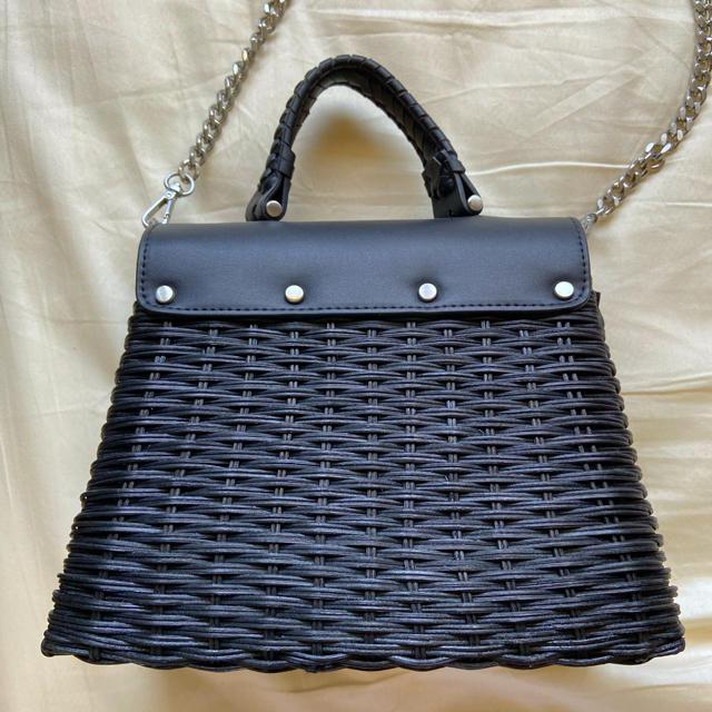ZARA(ザラ)のZARAカゴバッグ レディースのバッグ(ショルダーバッグ)の商品写真