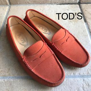 トッズ(TOD'S)のTOD'S  ドライビングシューズ35.5 モカシン 朱赤 (スリッポン/モカシン)