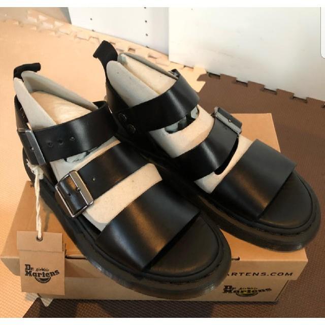 Dr.Martens(ドクターマーチン)の全サイズ在庫あり/Dr.Martens ドクターマーチン グリフォン サンダル レディースの靴/シューズ(サンダル)の商品写真