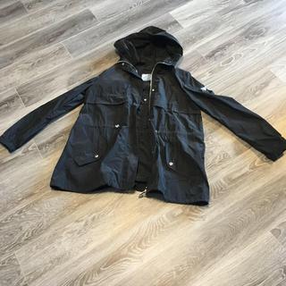 PRADA - PRADA  梅雨の季節に レインジャケット