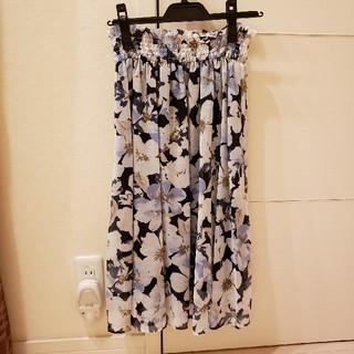 プロポーションボディドレッシング(PROPORTION BODY DRESSING)のプロポーションボディドレッシング フラワー柄スカート(ひざ丈スカート)