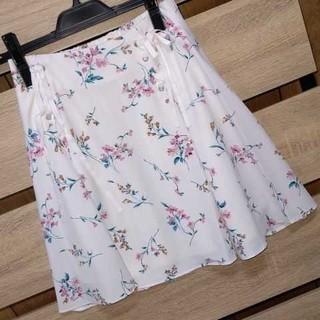 allamanda - 新品 allamanda サイドレースアップ 花柄スカート オフホワイト サイズ