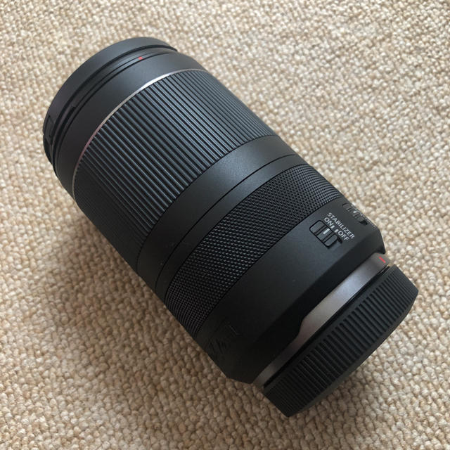 Canon(キヤノン)のCANON RF24-240mm F4-6.3 IS USM 未使用品 フード付 スマホ/家電/カメラのカメラ(レンズ(ズーム))の商品写真