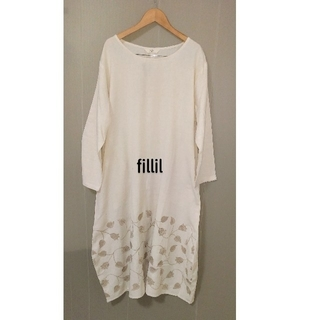 merlot - フィリル裾花刺繍コクーンワンピース Fアイボリー