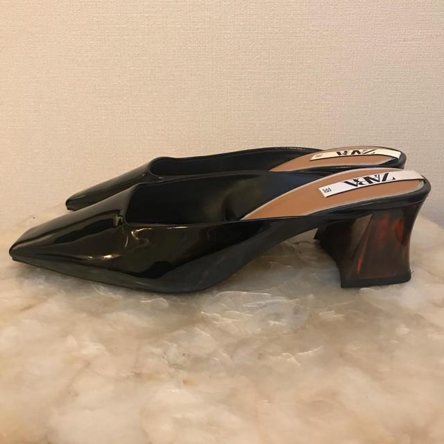 ZARA(ザラ)のZARA/ザラ 未使用 べっ甲柄ミッドヒールミュール サイズ38(24.5cm) レディースの靴/シューズ(ハイヒール/パンプス)の商品写真