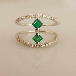 ☆新品☆K18ホワイトゴールド ダイヤ/エメラルド リング(リング(指輪))