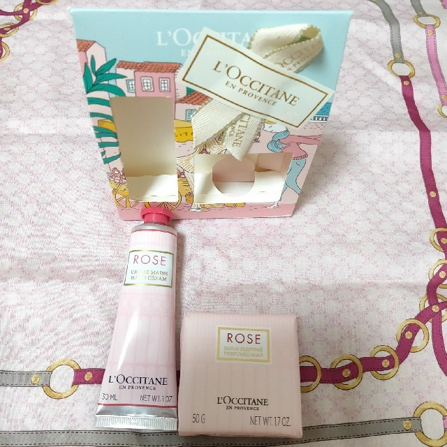 L'OCCITANE(ロクシタン)のロクシタン ローズメルシーキット(ハンドクリーム&ソープ) コスメ/美容のボディケア(ハンドクリーム)の商品写真