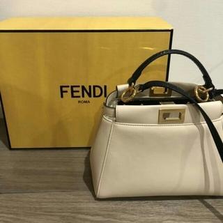 FENDI - FENDI ミニピーカブー 極美品 ピーカヴー