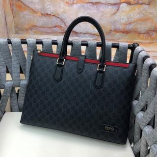 Gucci - ビジネスバッグ